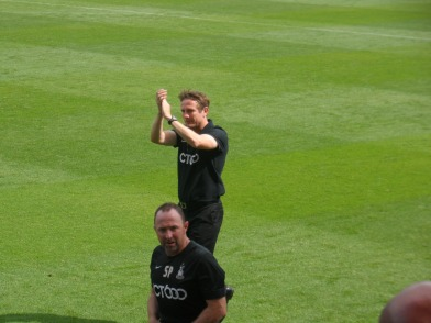Phil Parkinson and Steve Parkin receive a great ovation before kick off